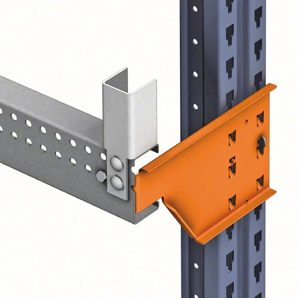 Les supports C sont spécifiques aux installations où des marchandises de grande longueur doivent être stockées
